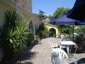 Cote d'Azur Hotel for Sale Provence 1509